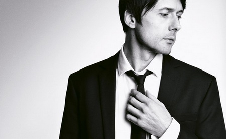 Aquascutum, Autumn/Winter 07, modelled by Brett Anderson